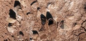 Schuhe aus Lehm